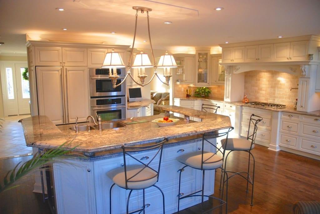 Bishop Kitchen