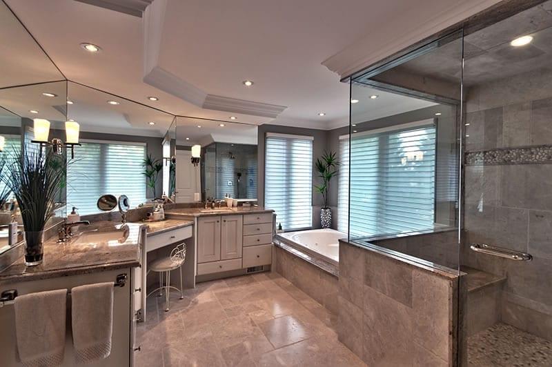 Lamoka Spa Bath 1