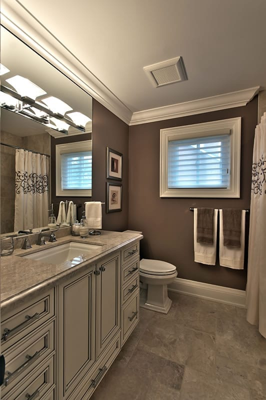 Lamoka Bathroom 1